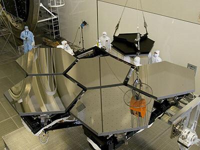 scientists space mirror telescope