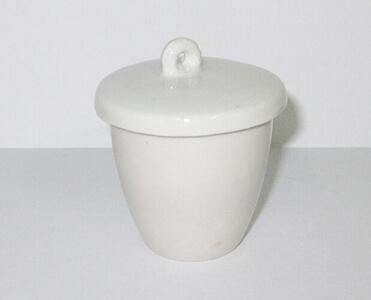ceramic laboratory crucible with lid
